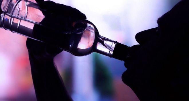 como saber si tengo problemas de alcoholismo