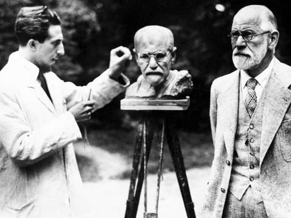 Freud posando para Olem Nemon